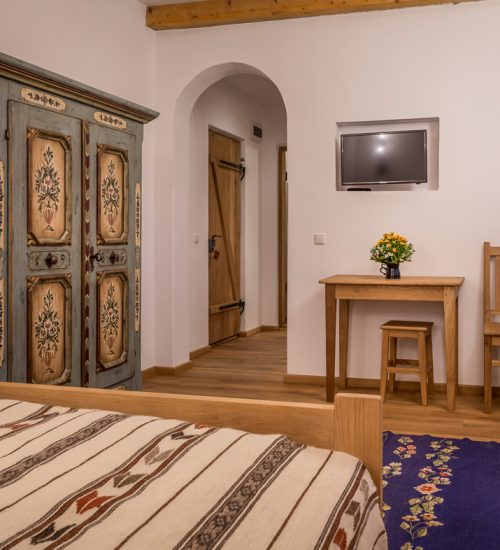 camera de familie de la Hanul Vatra